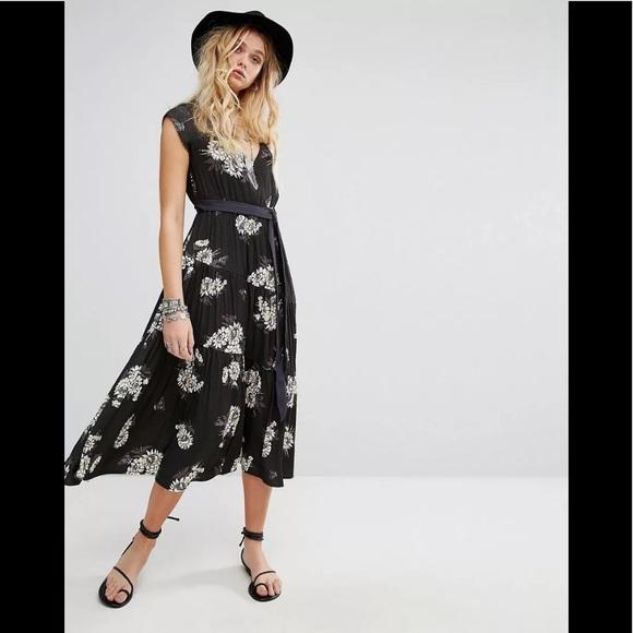 6e17ff2d51 NWT Free People All I Got Printed Maxi Dress Sz 2